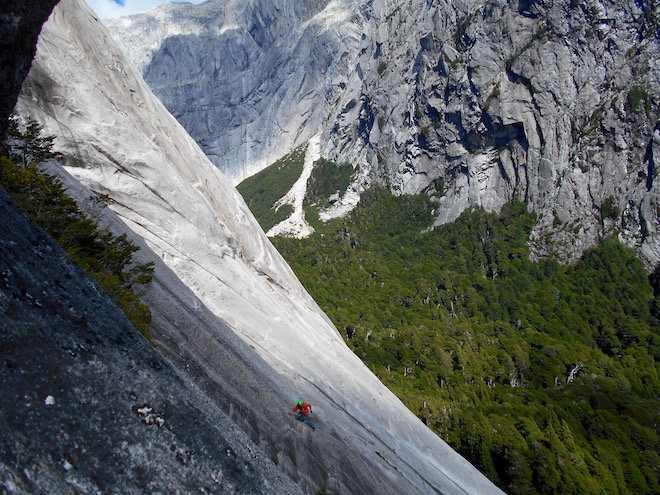 Trad climbing at the Valle Cochamo Chile