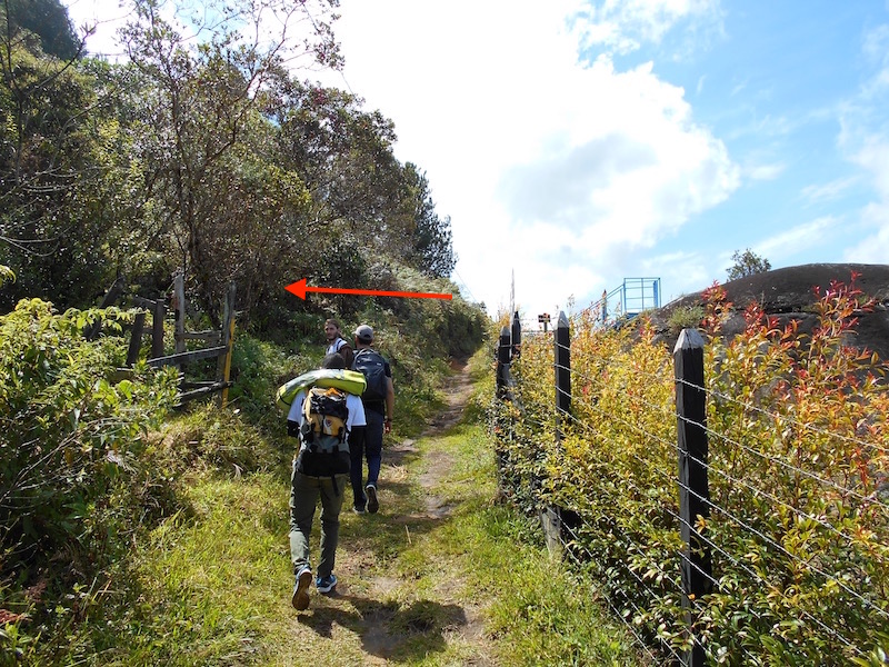 how to get to the climbing el penol, guatape