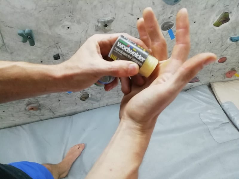 Hand care kit for climbers
